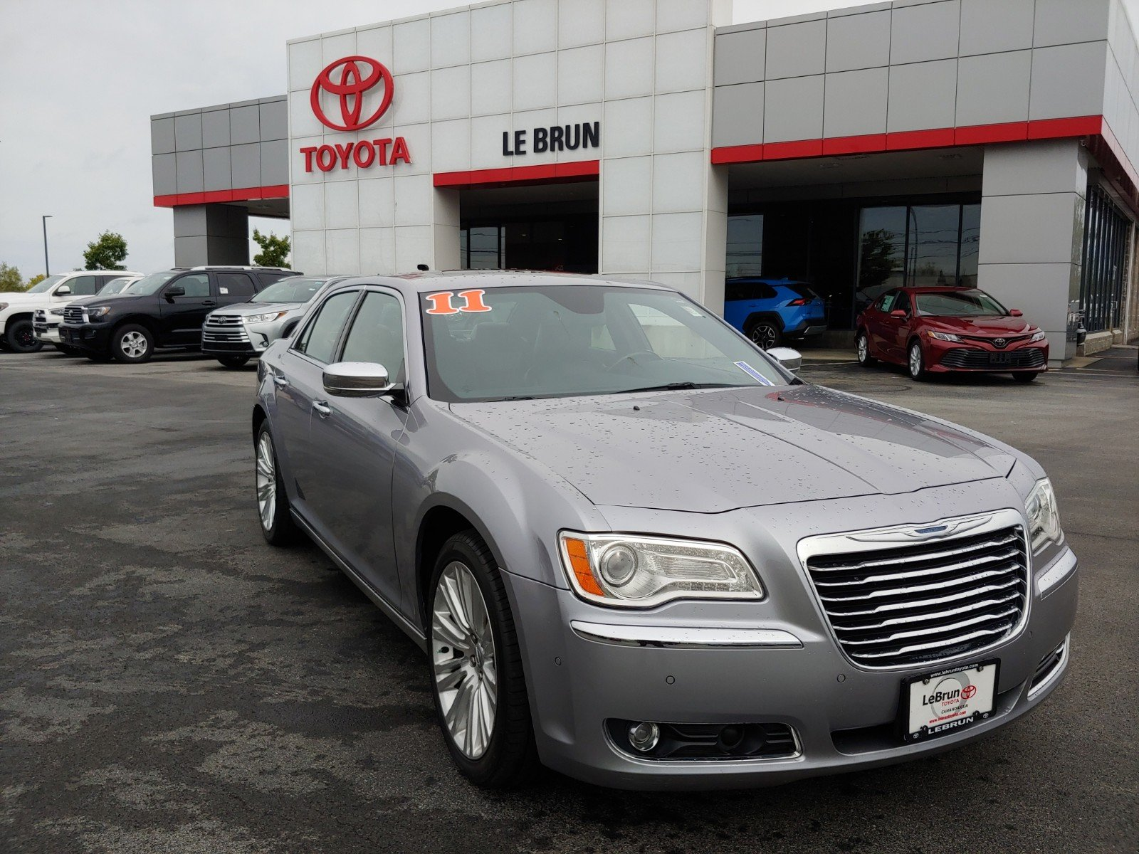 Pre-Owned 2011 Chrysler 300 300C