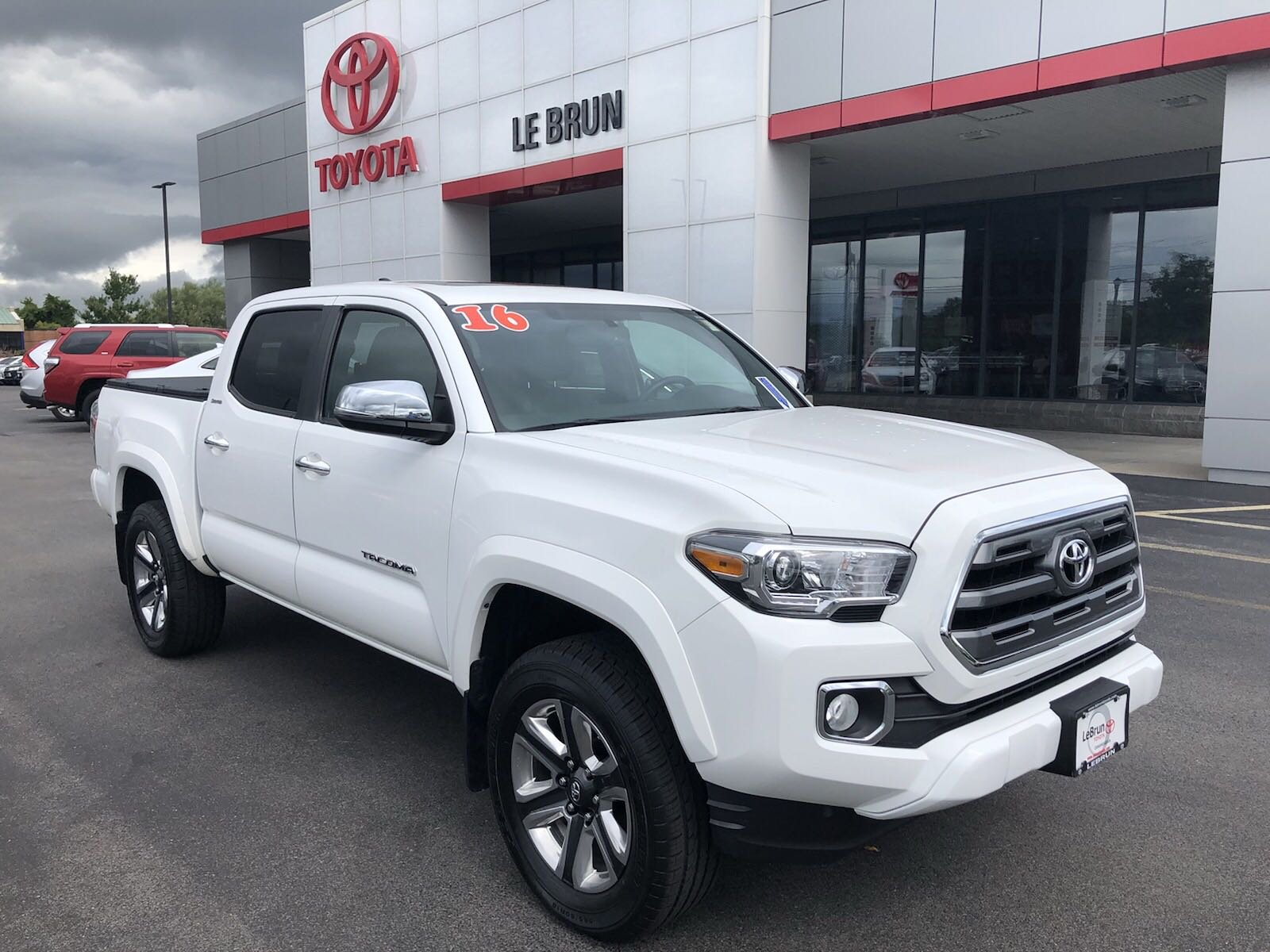 Pre Owned 2016 Toyota Tacoma Limited Crew Cab Pickup T20519a Lebrun