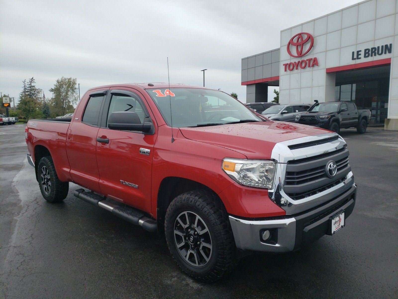 Pre-Owned 2014 Toyota Tundra 4WD Truck TRD Off-Road