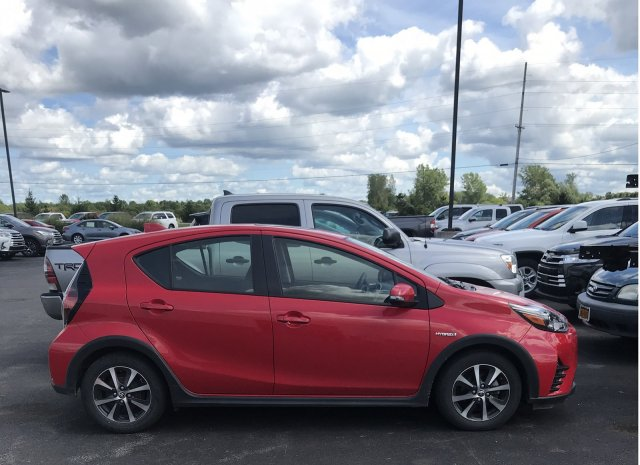 Pre-Owned 2018 Toyota Prius c Three